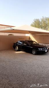 BMW  نظيف لون اسود 2003 بالاحساء