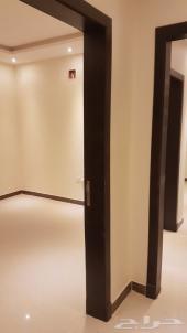 شقة للبيع دورين مع سطح حي لبن