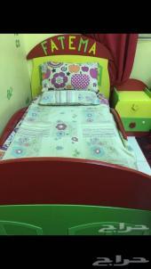 فرصة للبيع غرفة نوم للأطفال وغرفة نوم كبار