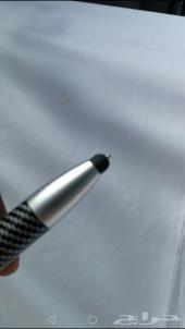 القلم العجيب ... شاحن متنقل وقلم بنفس الوقت