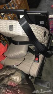 كرسي سيارة لذوي الاحتياجات الخاصة