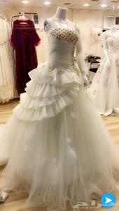 مجموعة فساتين زفاف و سهرة للبيع