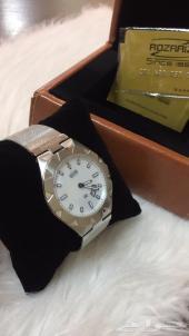 للتميز ساعة رجالي (بفص الماس)