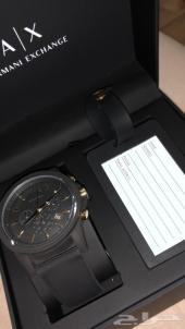 ساعة يد من ارماني