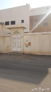 فيلا للبيع في حي ظهرة البديعة في الرياض