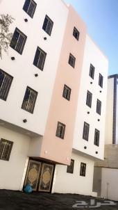 أدوار تمليك للبيع 8 غرف بملحقاتها حي القيم