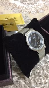 مزاد ساعة رجالي (فيها فص الماس)