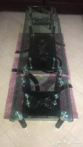 ثلاث طاولات ضيوف مع السجاد 250