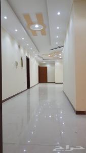 شقه 5 غرف كبيره بمدخلين للبيع ب260 الف فقط