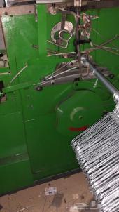 مصنع علاقات ملابس