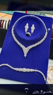 طقم الماس طبق الأصل