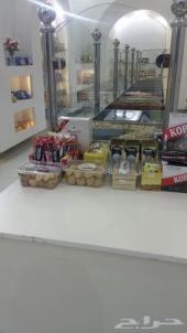 ديكور محل للبيع مع مكيف دولاب