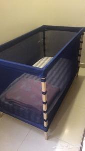سرير ايكيا مع مرتبه بالنايلون وعربايه جونيور