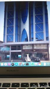 مكتب للتقبيل مؤثث في برج بشارع الامير سلطان