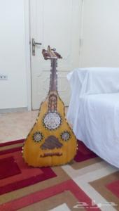 آلة موسيقيه عود كومثرة