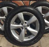 جنوط جيب لكزس RX 2014 مع كفرات برجستون نظيفه