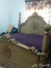 سرير ومرتبه وشوفينيرة