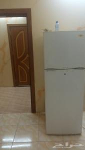 شقة غر فتين ومطبخ. وحمام مفروشةللاجار الشهري