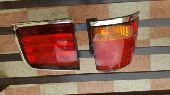 للبيع قطع جيب لكزس وكاله م 2011