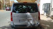 سياره هواندي 2011 مع رافعه