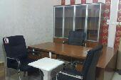 مكتب كامل خشب مع سكرتاريا وادراج وكراسي