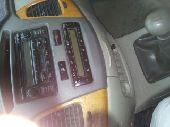 سيارة إنوفا 2009
