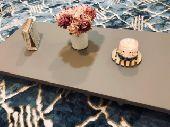 طاولات أرضية طاولة