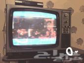 على 50 ريال تلفزيون واغراض اخرى باقي العفش