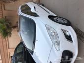 بيجو 308 sw اللون ابيض موديل 2014