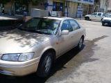 سياره كامري للبيع موديل 2000