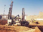 هدم حفر سند تخفيف في مكة جدة