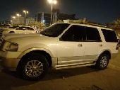 للبيع سيارة اكسبدشن ابيض 2010
