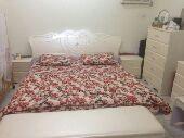 غرفة نوم للبيع استخدام شهور نظيفة جدا