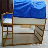 سرير اطفال من ايكيا شبه جديد ..