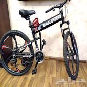 دراجة هوائية جديدة مع اكسسوارات.