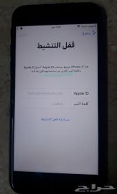 iPhone 8 مقفل