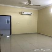 شقة غرفتين وصالة السويس خلف وزارة اسكان مطبخ   مكيف اسبليت