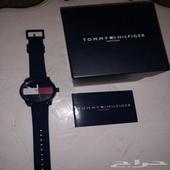 للبيع ساعة من تومي هيلفيغر
