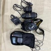 كاميرا نيكون d7100 بكامل اغراضها
