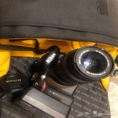 كاميرا نيكون للبيع جديده ما استخدمت كثير اخذتها ب2100