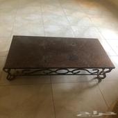 طاولة حديد للبيع