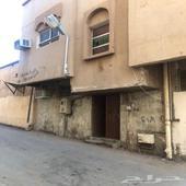 شقة علوية للايجار ( مدخل مشترك )