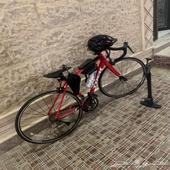 دراجه تريك Domane AL 2 مع الاكسسوارات
