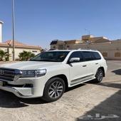 للبيع جكسار 2018 فل كامل سعودي 8 سلندر ( بسمي من وكاله )