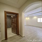 شقه للبيع بحي الفيصليه 6 غرف تشطيب VIP