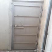 باب للبيع