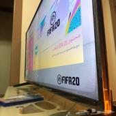 شاشه من شركة نيكاي شبه جديده بقراطيسها مستخدمه لمده اسبوعين