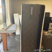 للبيع فرش سرير شبه جديد شركة الفرشه queen size
