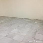 مستودع في البدروم  للإيجار م 80م  مدخلين درج حي الملك فهد