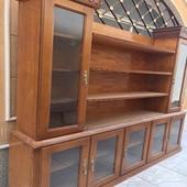 مكتبة مع ادراج تخزين